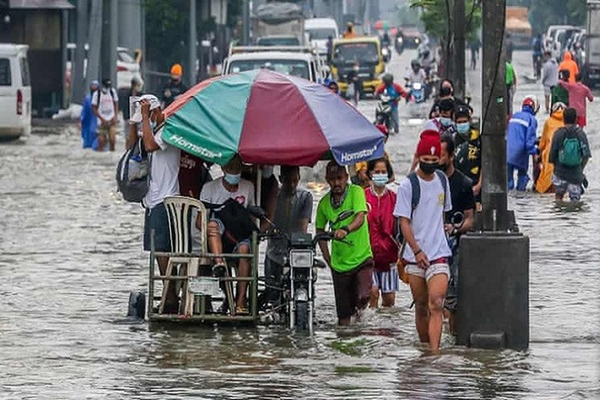 Mua lon o Philippines, gan 15.000 nguoi so tan