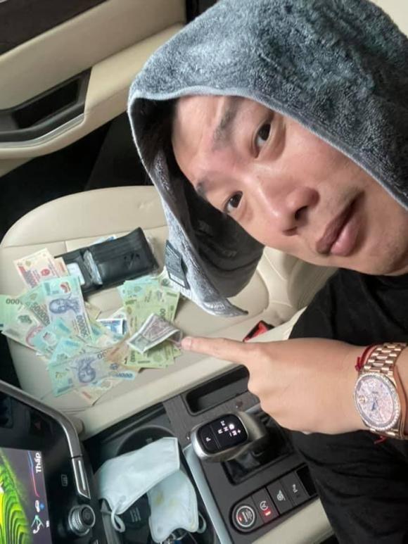Nhat duoc vi tien, chong Oc Thanh Van xu ly cuc dang yeu-Hinh-2