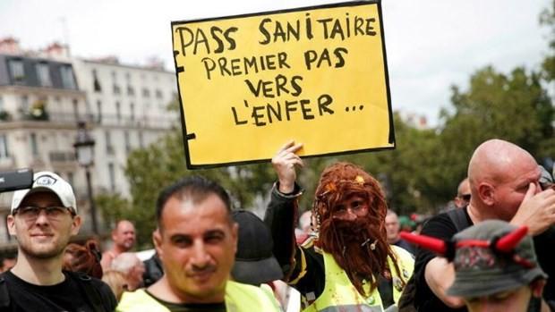 Phap: Dung do giua canh sat va nguoi bieu tinh o thu do Paris
