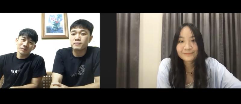 Xuan Truong giup Minh Vuong noi chuyen voi con gai HLV Kiatisuk