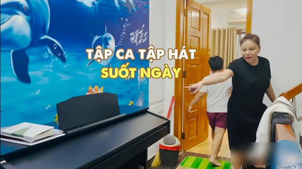Le Giang khoe biet thu rong co the chay xe dap tap the duc-Hinh-3