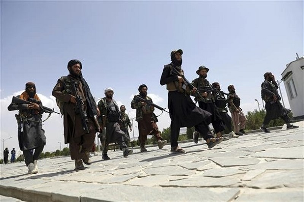 "Thieu song phu nu Afghanistan va nhung toi ac gay ""soc"" cua Taliban"