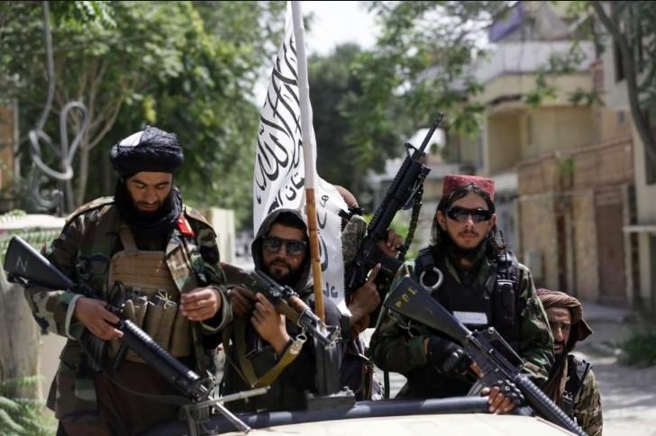 Taliban cam nguoi Afghanistan roi dat nuoc, bac bo gia han so tan