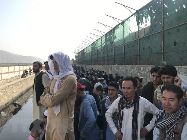 Afghanistan: No lien tiep ben ngoai san bay o Kabul, nhieu nguoi thiet mang