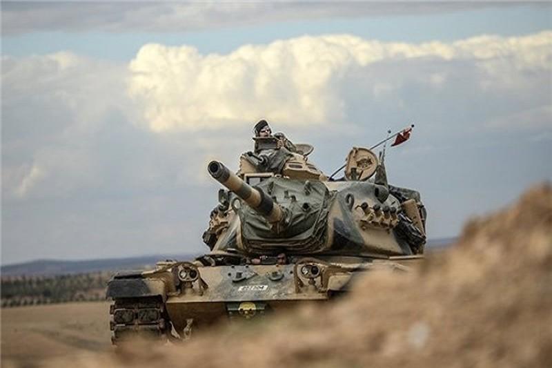 Tho Nhi Ky don dap tan cong nguoi Kurd tai Syria bang UAV