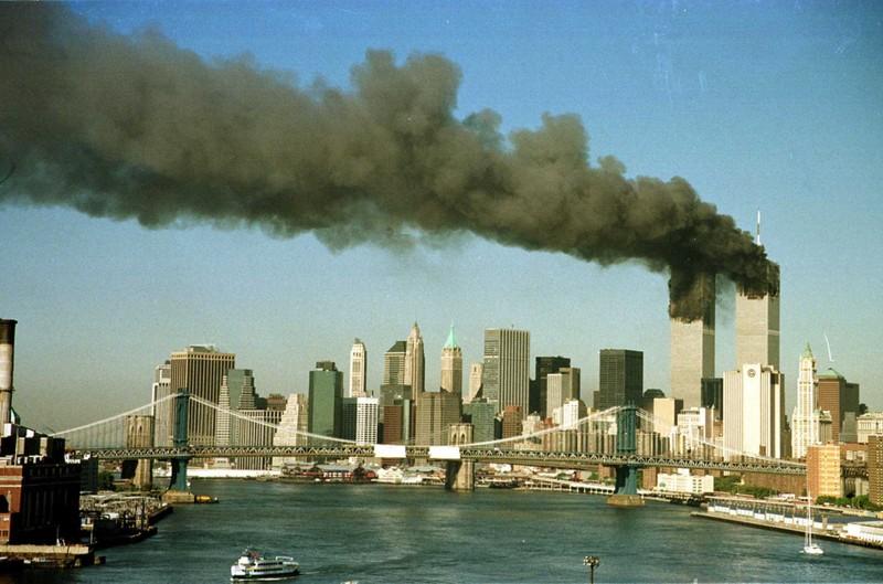 Thoat chet trong ngay 11/9/2001 vi bi sa thai-Hinh-2
