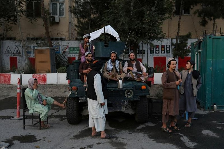Nem da, chat tay: Loat hinh phat rung minh cua Taliban-Hinh-2