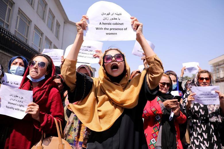 Nem da, chat tay: Loat hinh phat rung minh cua Taliban-Hinh-3