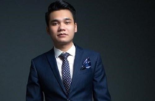 Khac Viet tung bi fan cuong xe tan quan ao-Hinh-3