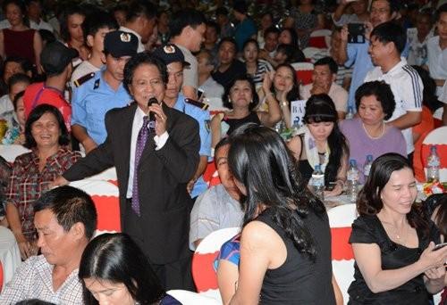 Chop khoanh khac tinh tu cua Phi Nhung va Che Linh-Hinh-2