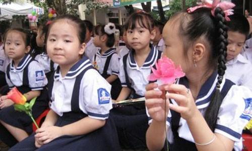 TP HCM khong moi lanh dao phat bieu tai le khai giang