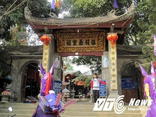 Su that ong Hoang Bay: Cung Than bang... thuoc phien