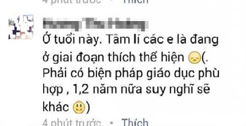 Nu sinh THPT Le Hoan hút thuóc trong le khai giảng gay sot-Hinh-4