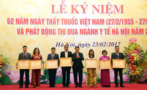 Nhieu hoat dong ky niem 62 nam Ngay Thay thuoc Viet Nam