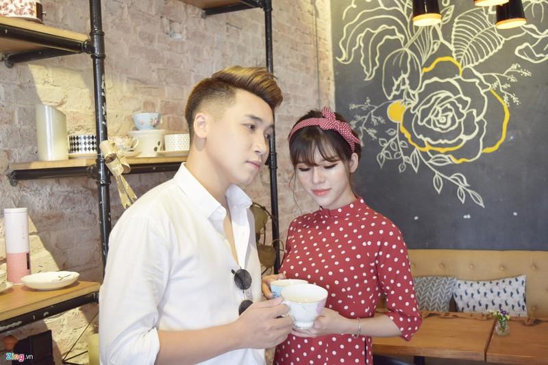 """Vlog Huy Cung: 'Chua tung yeu co gai nao tuyet voi nhu vo""""-Hinh-4"""