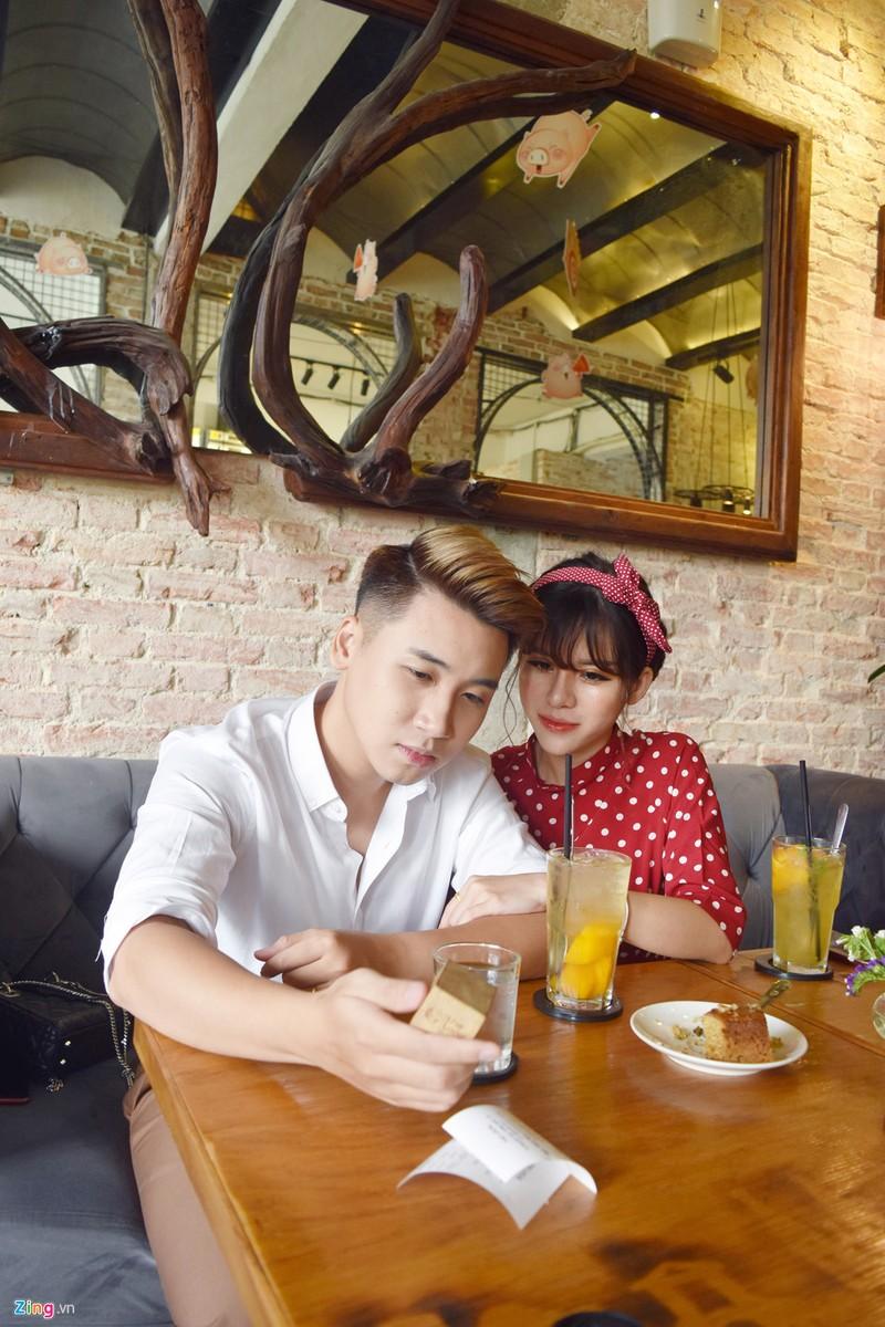 """Vlog Huy Cung: 'Chua tung yeu co gai nao tuyet voi nhu vo""""-Hinh-5"""