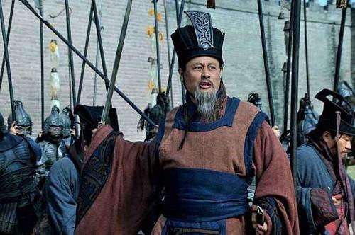 Vi sao Tuan Uc lai pho tro Tao Thao chong lai Luu Bi?-Hinh-2