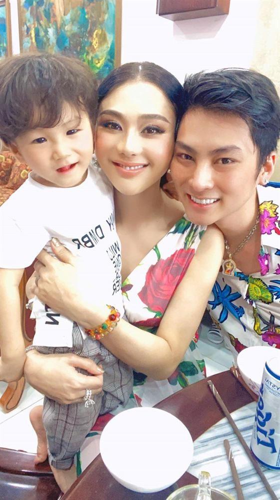 Ngoai hinh con trai hon 2 tuoi cua Lam Khanh Chi-Hinh-5