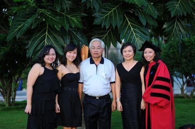 Ai nu kin tieng nha dai gia Viet: 3 nang tien toan Tien si Harvard, Oxford nha PNJ