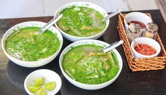 Dac san banh canh nuc tieng Phu Yen re ma ngon liu luoi