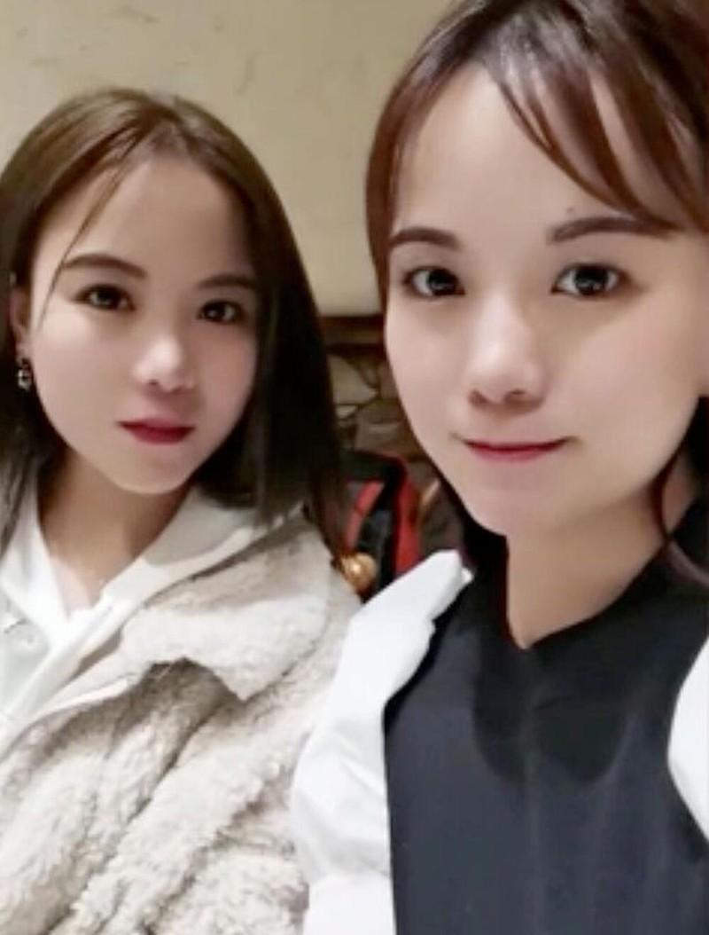 Tim thay chi em song sinh sau 29 nam nho video tren mang-Hinh-2