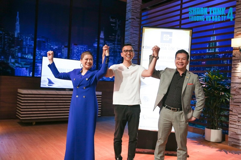 Startup Viet Kieu lam chong ngap cho o to, 4 Shark