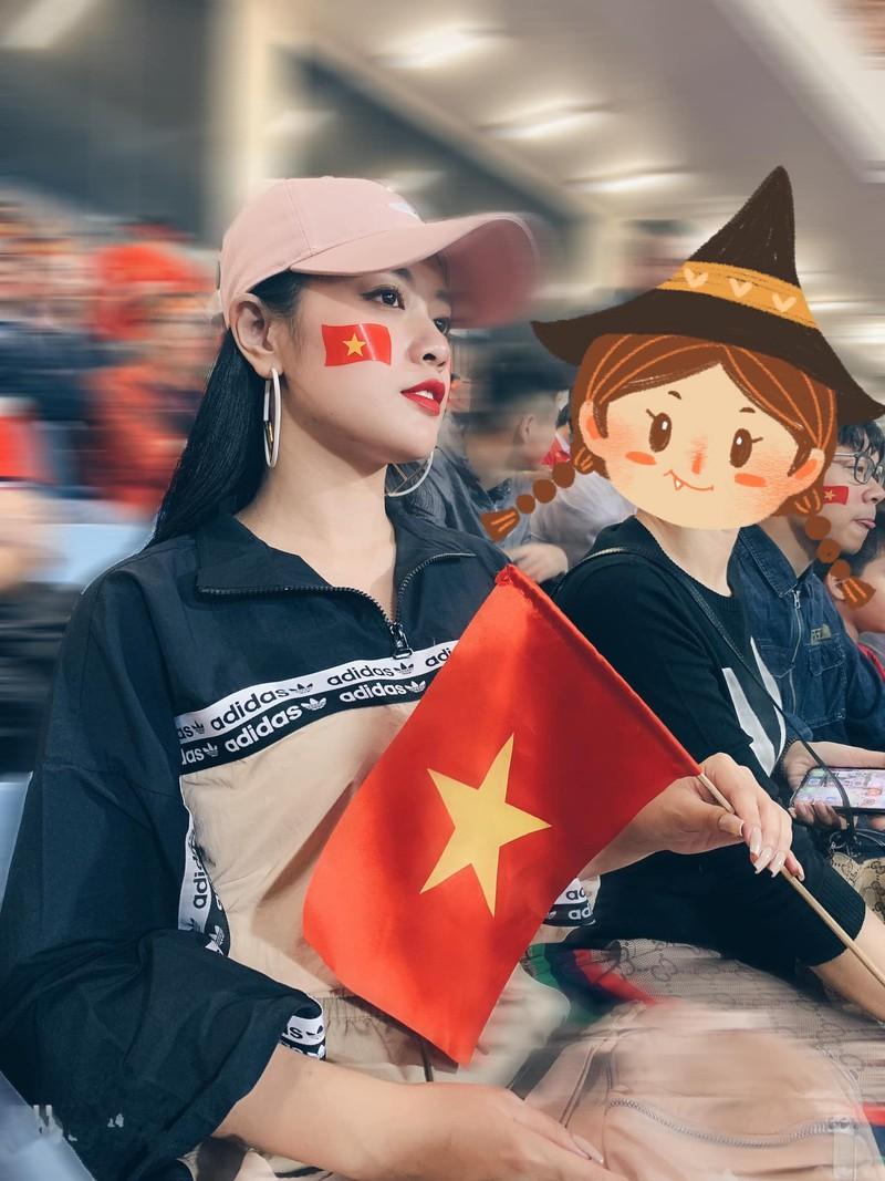 Can canh nhan sac co gai hot nhat tran Viet Nam va Thai Lan o My Dinh-Hinh-5
