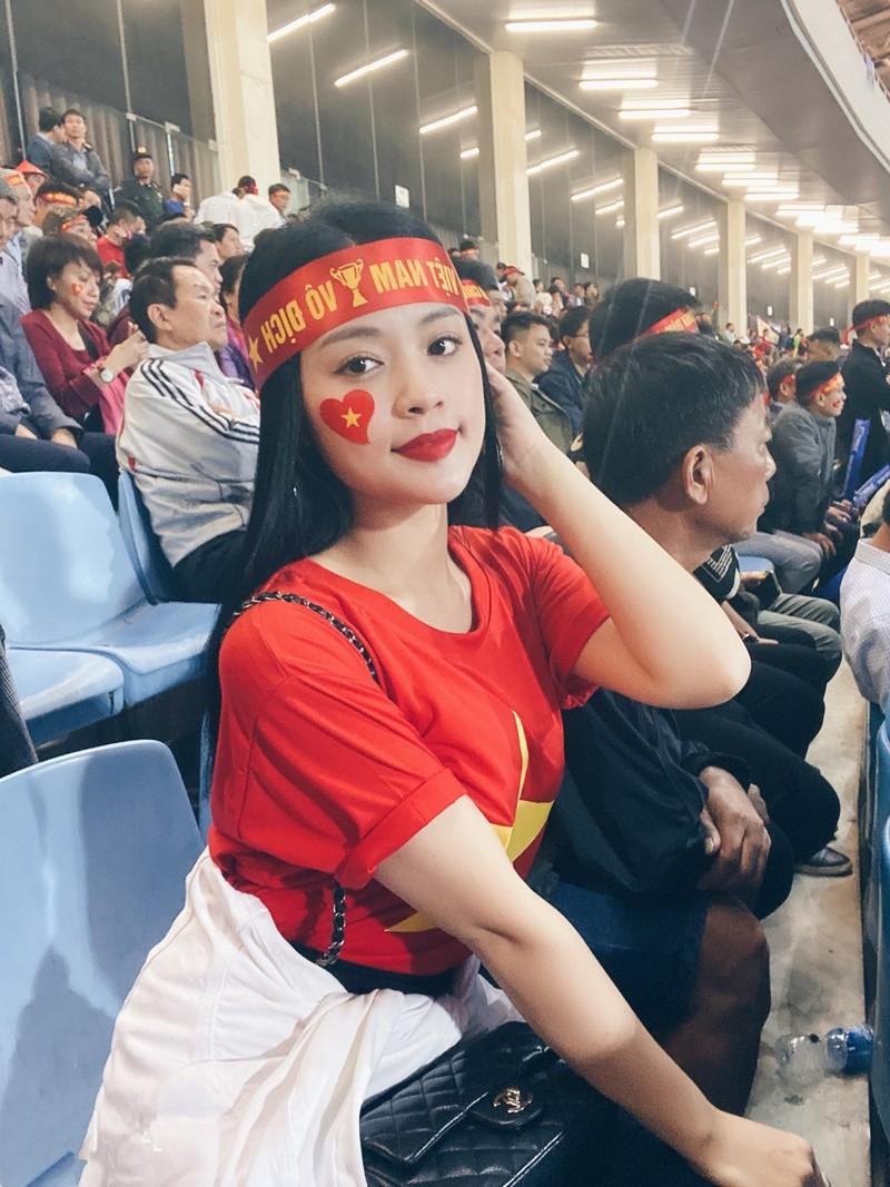 Can canh nhan sac co gai hot nhat tran Viet Nam va Thai Lan o My Dinh