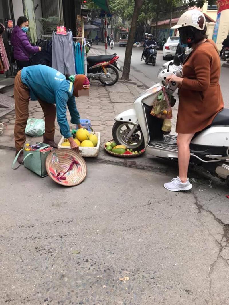 Quai xe Lead can nat ro hoa qua con trach mang nguoi ban hang