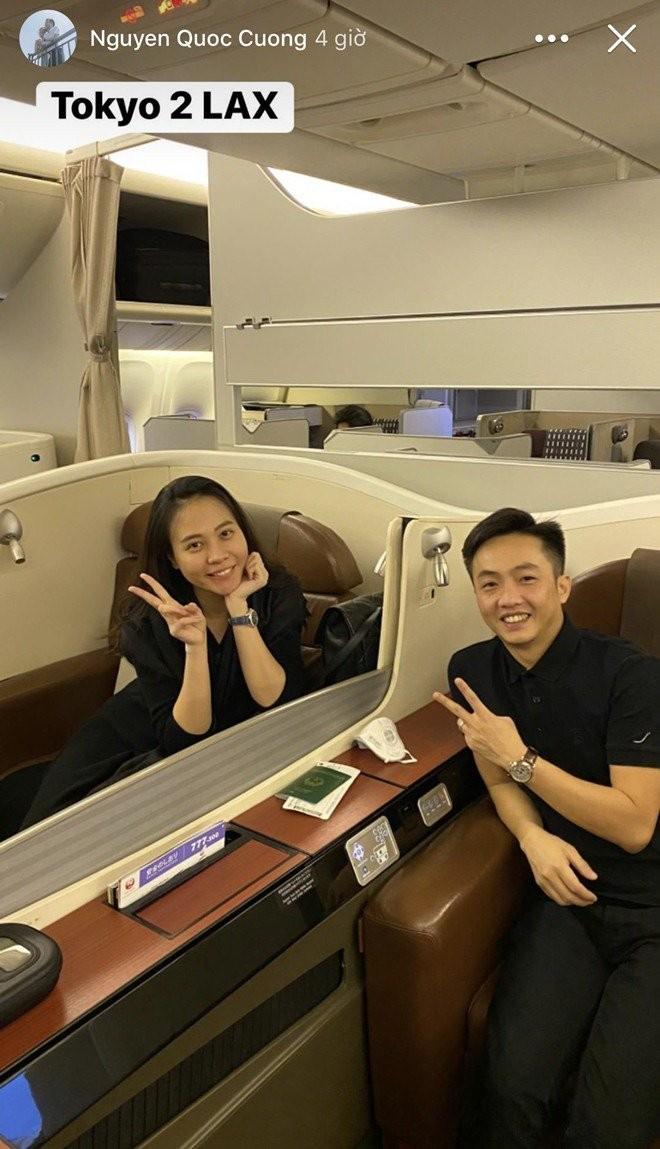 Sao viet dip Tet 2020: Vo chong Xuan Lan di My lam tiec bao hy, Trang Tran sang Uc gap ong xa-Hinh-9