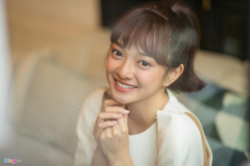Kaity Nguyen: 'Moi nguoi thay sexy, toi thay binh thuong'-Hinh-3
