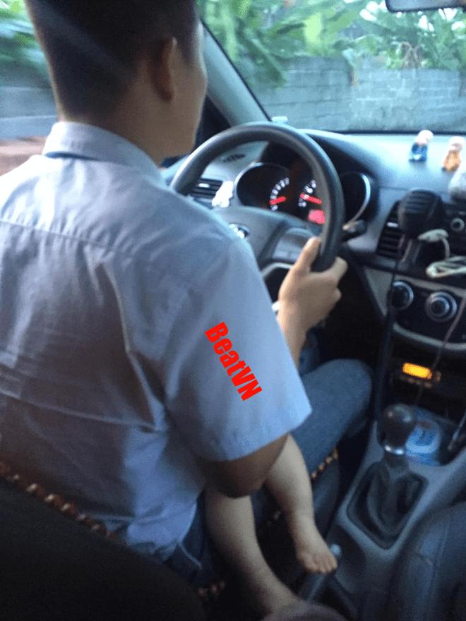 Hinh anh bo xe om cong nghe diu con di lam lay nuoc mat dan mang-Hinh-7