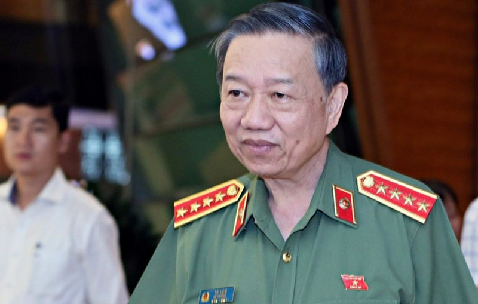 Bo Cong an phoi hop voi Nhat dieu tra nghi van can bo nhan hoi lo 5,4 ty