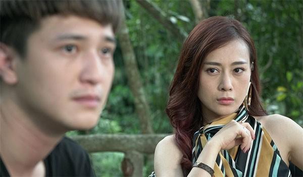 Phuong Oanh tuyen bo tam dung dong phim, sap len xe hoa?