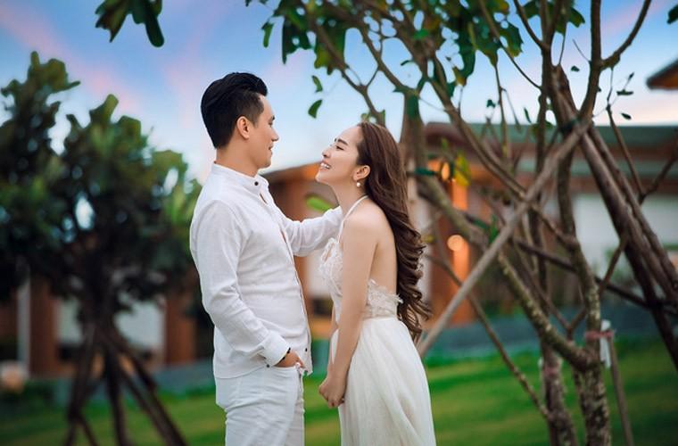 """Quynh Nga – Viet Anh lo anh """"tinh be binh"""" du phu nhan yeu-Hinh-3"""