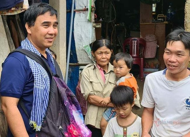 Quyen Linh quyen gop 15 phut 2,5 ty… bao lan moc tui vi dan ngheo?