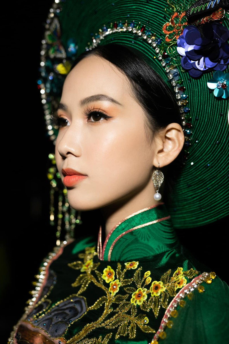 Nhan sac co gai co lan da dep nhat Hoa hau Viet Nam 2020-Hinh-4