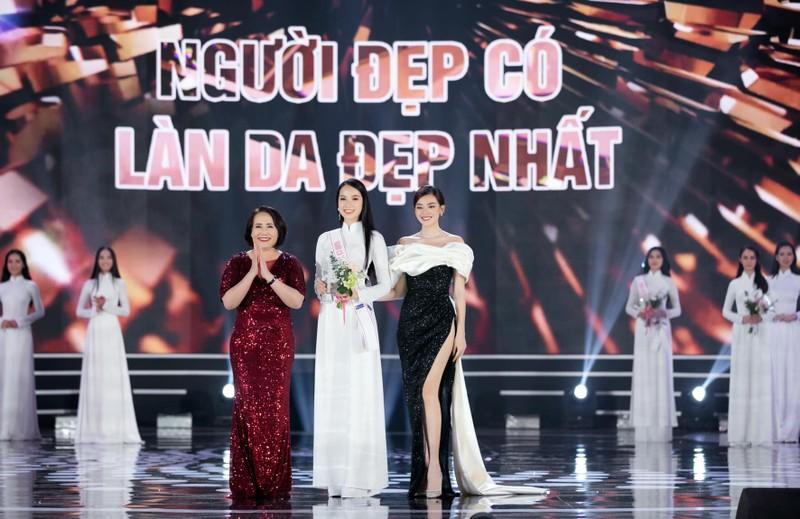 Nhan sac co gai co lan da dep nhat Hoa hau Viet Nam 2020