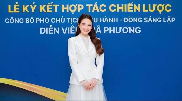 Lo anh Nha Phuong la Pho Chu tich cong ty doanh thu 1,5 ty/ thang-Hinh-2