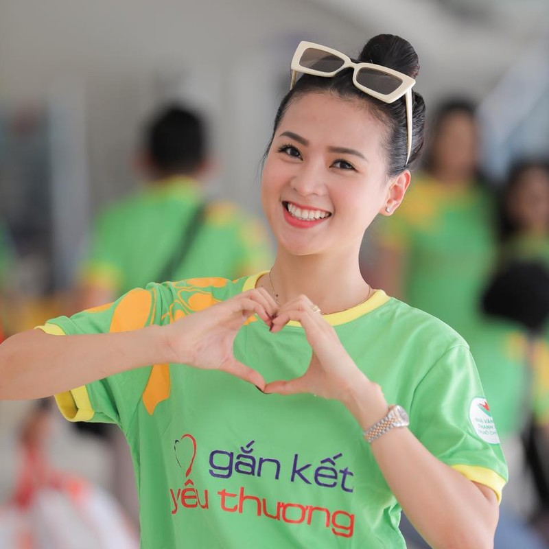 Nhan sac doi thuong xinh dep cua ban gai dien vien Minh Luan-Hinh-5