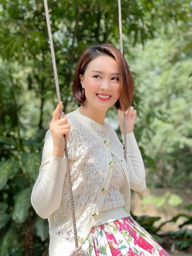 "He lo loat anh thu vi hau truong phim ""Huong duong nguoc nang""-Hinh-3"