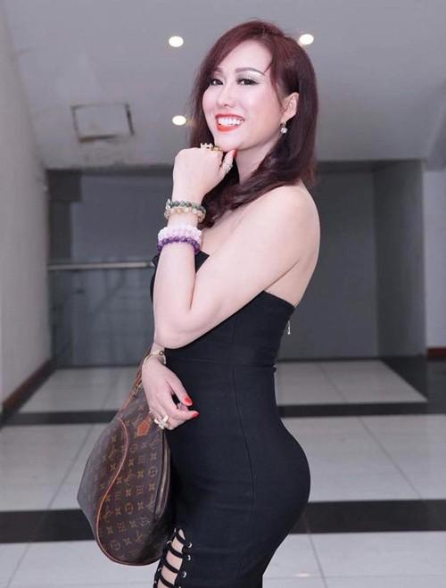 Phi Thanh Van ra sao sau 4 nam bom vong ba len 104 cm?-Hinh-7