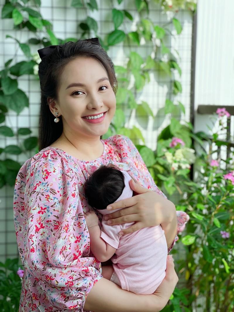 Bao Thanh ke hanh trinh mang bau, sinh con dung dich COVID-19-Hinh-3