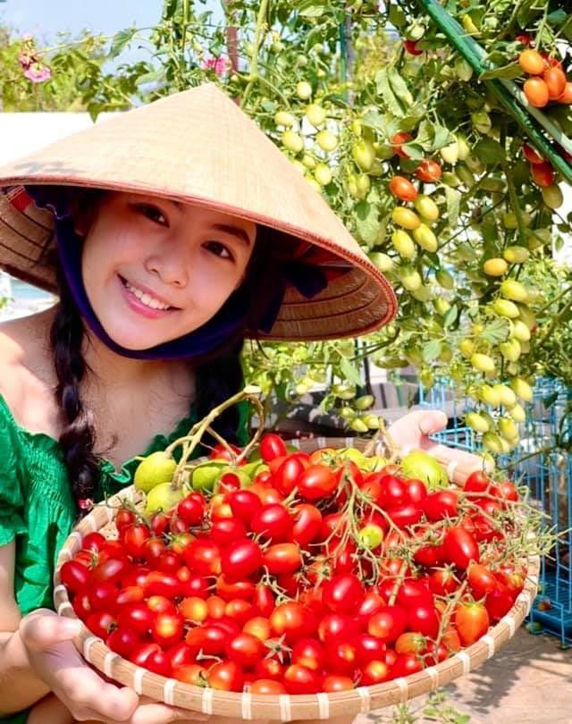 """Con gai xinh dep the nao... Quyen Linh tung muon """"trai duong"""" vao showbiz?-Hinh-8"""