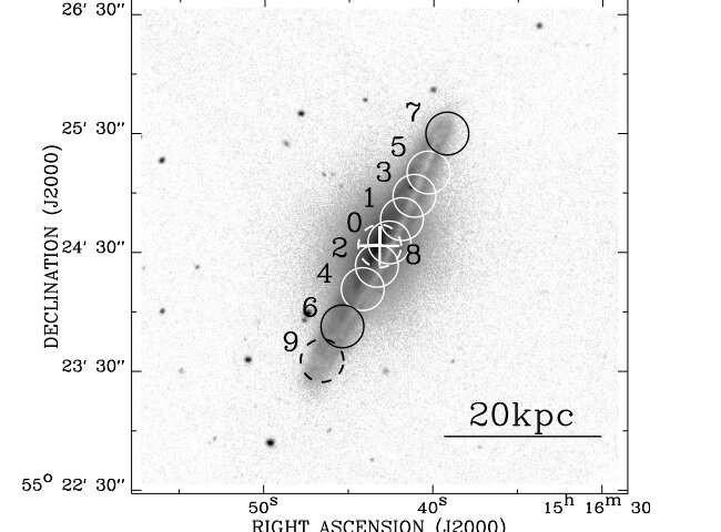 Kinh ngac phan tu khi trong thien ha xoan oc NGC 5908