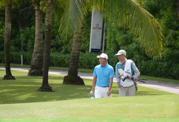 Kinh nghiem chong soc nhiet khi choi golf vao mua he-Hinh-2