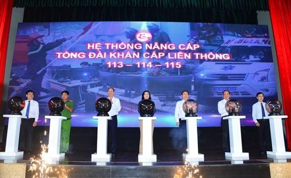 Xai ung dung HCMC EOC ho tro khan cap the nao?