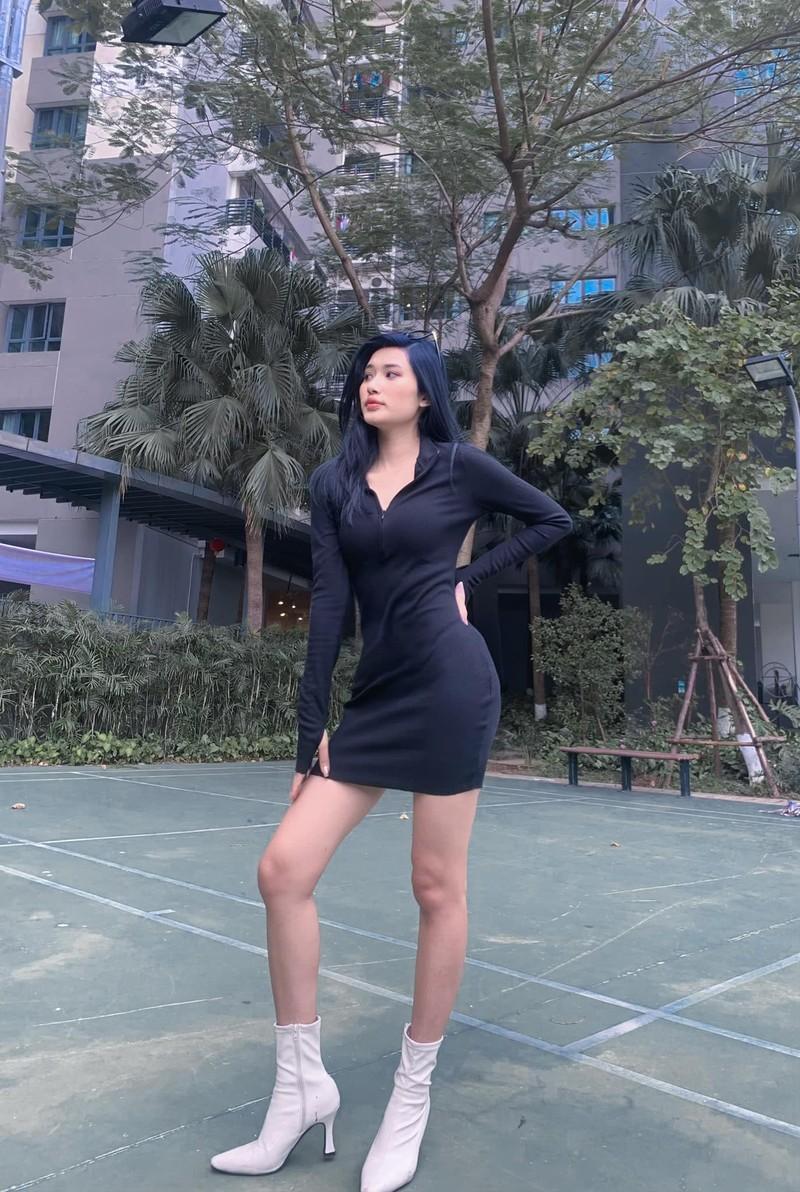 Nu streamer tuoi Suu muon khang: Choi game khong he xau-Hinh-3