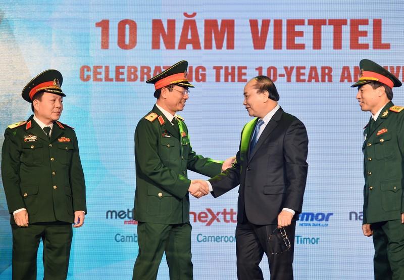 """Bat mi"" ve nam ""vang"" cua Viettel duoi thoi tuong Nguyen Manh Hung-Hinh-2"