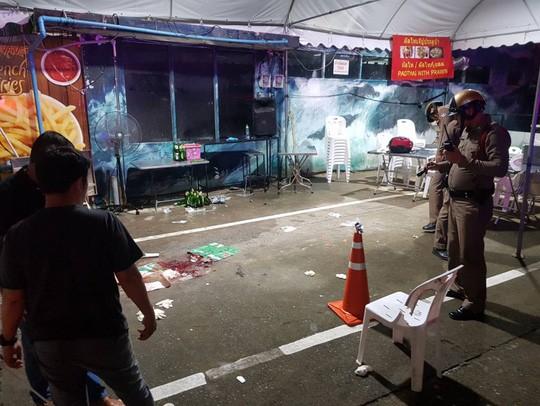 Thai Lan: Bang dang do sung, du khach nuoc ngoai chet oan